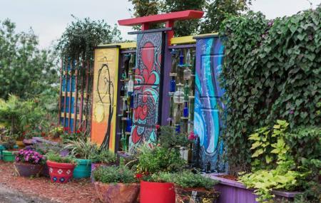 Artful Gardens Image
