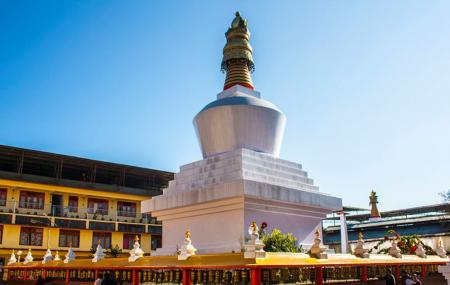 Chorten Monastery Image