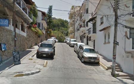 Olas Altas Image