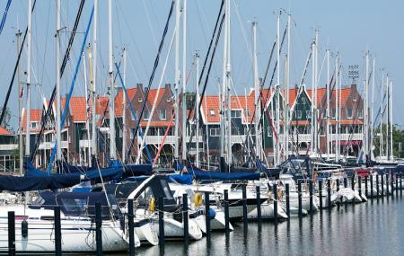 Roompot Vakanties Marinapark Volendam Image