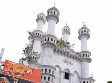 Dawatagaha Jumma Masjid And Shrine Image