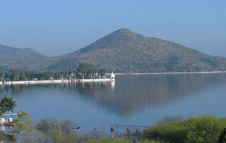 Fateh Sagar Lake Image