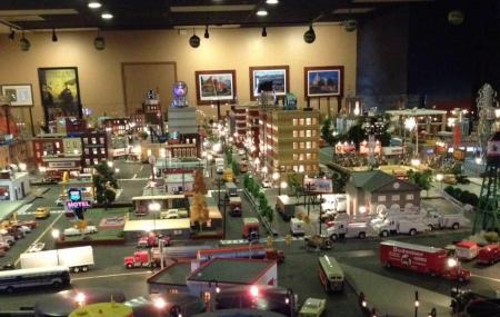 Old Town Model Railroad Depot Image