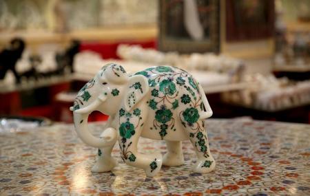 Agra Art Gallery Image