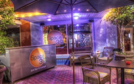 Space 39 Art Bar And Lounge Image