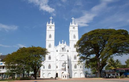 Vallarpadam Church Image