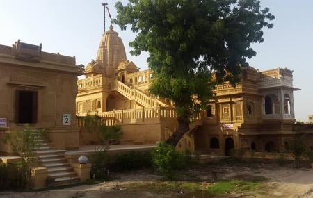 Amar Sagar Jain Temple Image