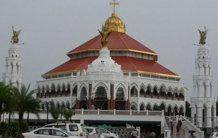 St. George Syro-malabar Catholic Forane Church, Edappally Image