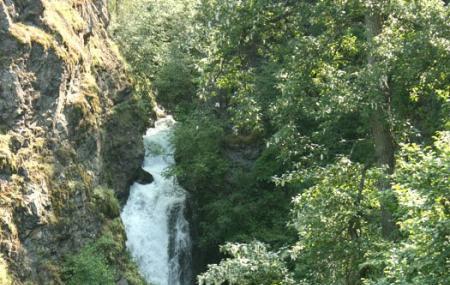 Thunderbird Falls, Anchorage