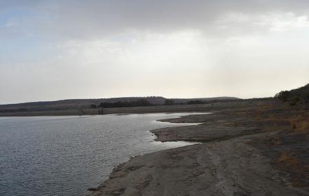 Sakhya Sagar Lake Image