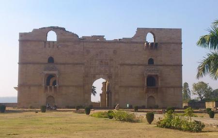 Koshak Mahal Image