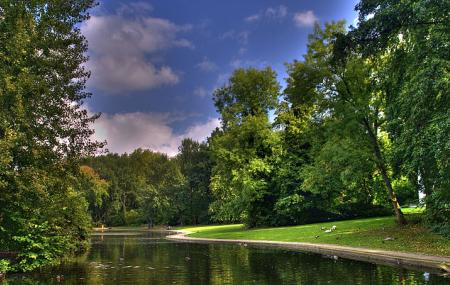 Malou Park Image