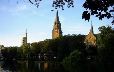 Ixelles Ponds Image