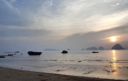 Tubkaek Beach Image