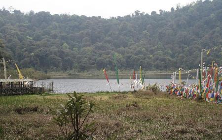Khecheopalri Lake Image