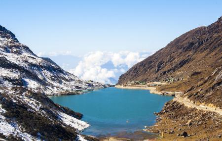 Tsongmo Lake Image
