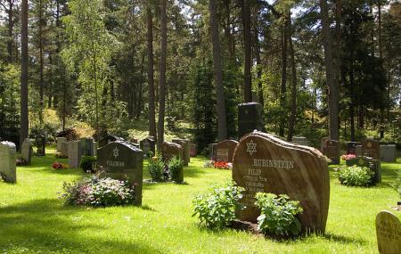 Skogskyrkogarden Image