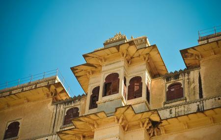 Badal Mahal Image