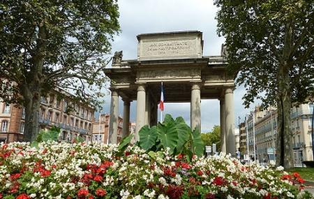 Monument Aux Combattants De La Haute- Garonne Image