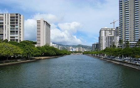 Ala Wai Canal Image