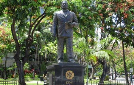 King Kalakaua Statue Image