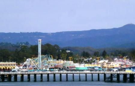 Santa Cruz Beach Boardwalk Image