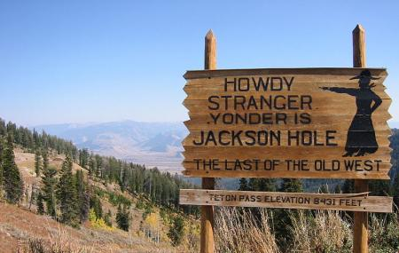 Teton Pass Image
