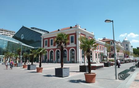 Principe Pio Mall Image