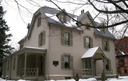 Harriet Beecher Stowe Center Image