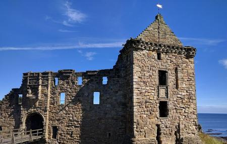 St Andrews Castle Image