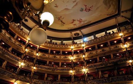 Teatro Bellini, Naples