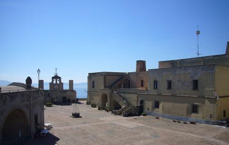Castle Sant Elmo, Naples
