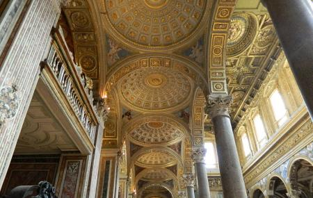 Chiesa Dei Girolamini, Naples