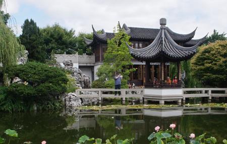 Lan Su Chinese Garden Image