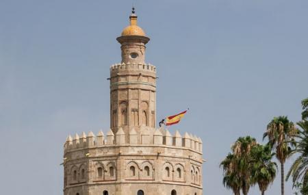 Torre Del Oro Image