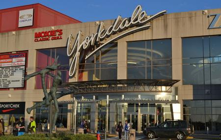 Yorkdale Shopping Centre Image