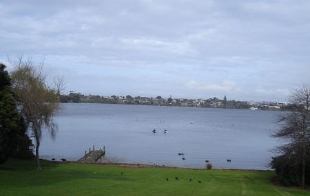 Lake Pupuke Image
