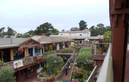 Carmel Plaza Image