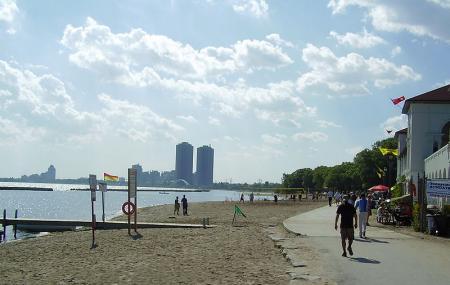 Sunnyside Park And Beach Image
