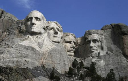 Mount Rushmore National Memorial & Presidential Trail Image