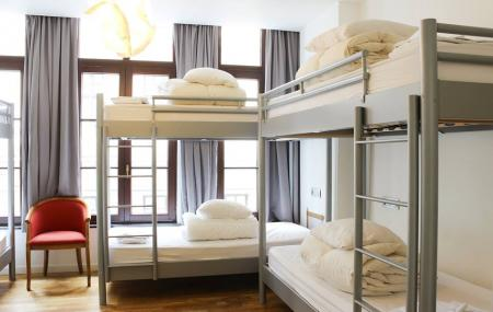 2go4 Hostel Image