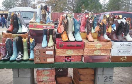 Smiley's Flea Market Image