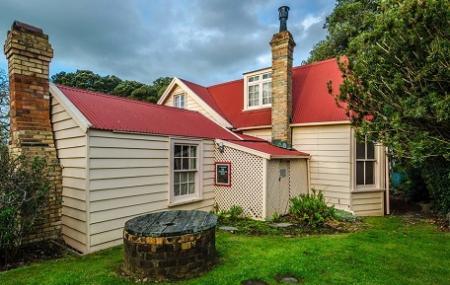 Ewelme Cottage Image