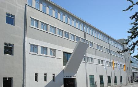 Reykjavik Art Museum Hafnarhus Image