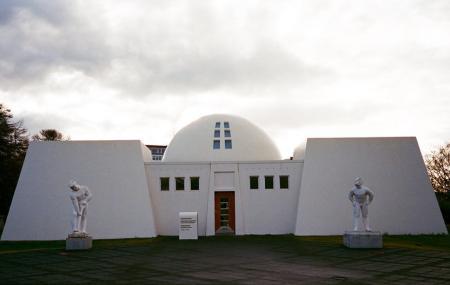 Reykjavik Art Museum Asmundarsafn Image