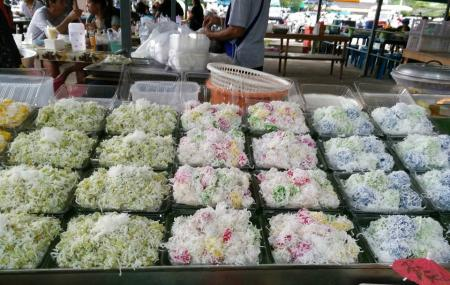 Phuket Weekend Market Image