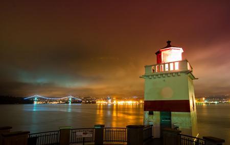 Brockton Point Lighthouse Image