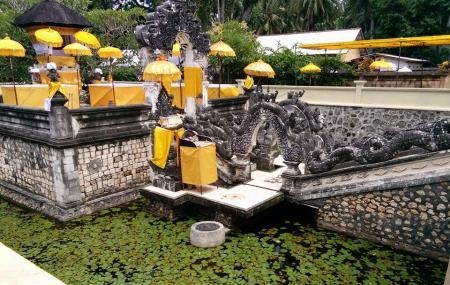 Giri Putri Cave Image