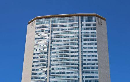 Pirelli Tower Image