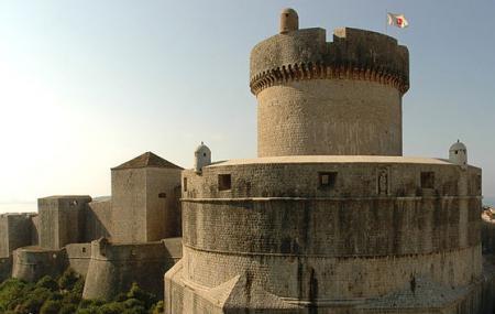 Minceta Tower Image